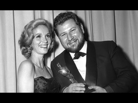 """Peter Ustinov winning Supporting Actor for """"Spartacus"""""""