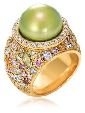 KATHLEEN DUGHI | Pistachio pearl ring with coloured & white diamonds in 18kt yellow gold | {ʝυℓιє'ѕ đιåмσиđѕ&ρєåɾℓѕ}