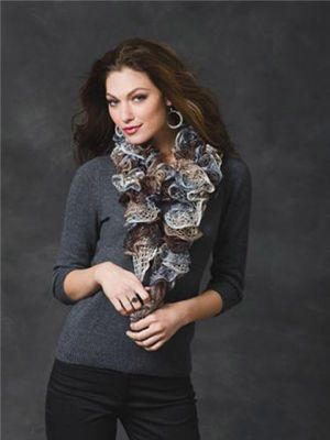 Sashay™ Ruffle Yarn Smoky Swirls Scarf #MichaelsStoresRuffle Scarf, Knitting Patterns, Knits Scarves, Sashay Yarns, Knits Pattern, Red Heart, Swirls Scarf, Ruffles Scarf, Scarf Pattern