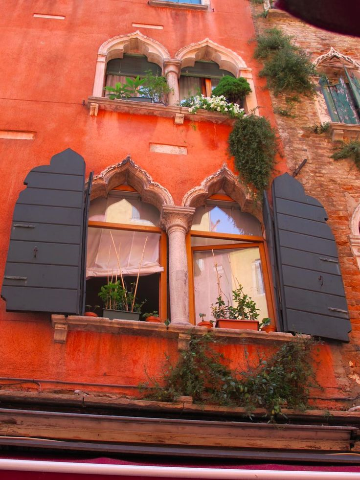 the colours in Italy are a constant daily inspiration - they just make you smile!