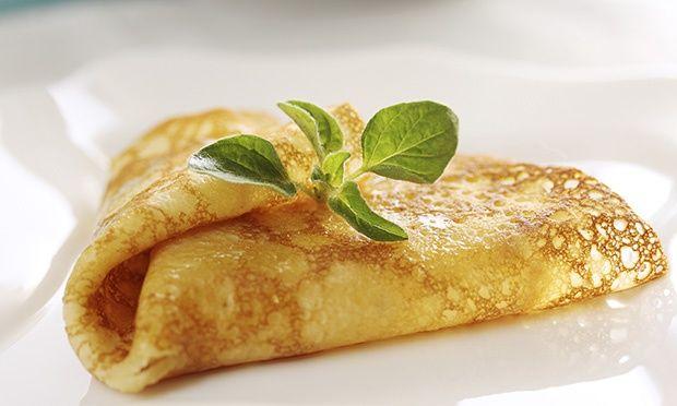 Panqueca de abóbora e canela  Ingredientes  · 1/3 de xíc. (chá) de proteína em pó sem sabor ou sabor baunilha · 1/2 xíc. (chá) de abóbora cozida e amassada · 1 col. (café) de fermento químico · 2 claras de ovo · 1/2 xíc. (chá) de água · 1/2 xíc. (chá) de aveia · 1 col. (sopa) de açúcar mascavo · 1/2 colher (café) de canela em pó · Óleo para untar (de coco, de preferência)