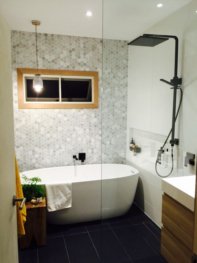 New bathroom with HK Living tooth stool and Meir black shower rail combination