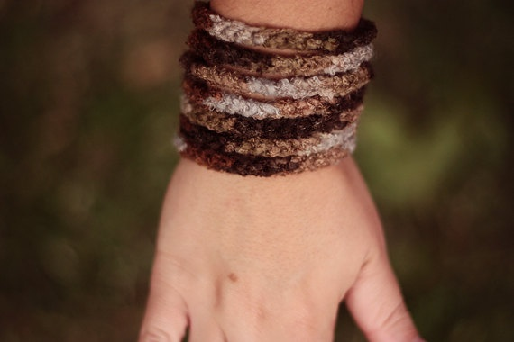 crochet chain cuff bracelet . brown earthy tones yarn . handmade simple