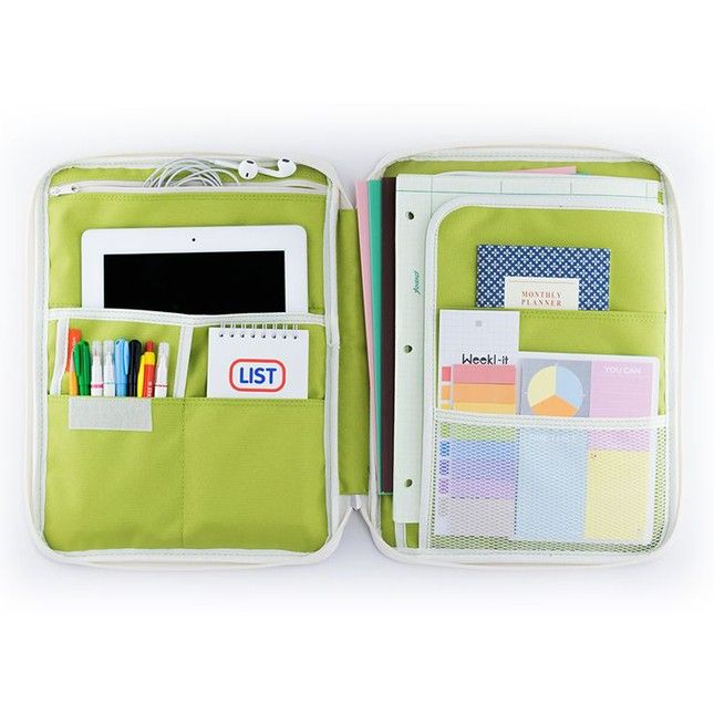 Totally getting back-to-school nostalgia from this incredible organizer.