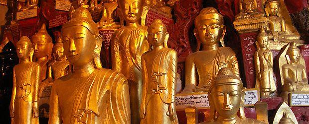 Burma - Pindaya - Boeddhabeelden in Pindaya Grotten