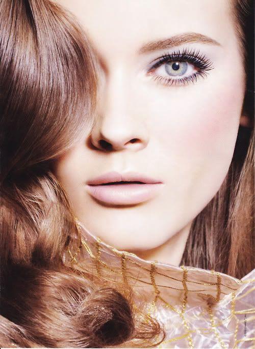 Model: Monika 'Jac' Jagaciak