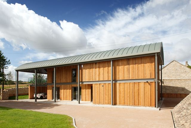 Private Houses, New Dutch Barn, Donnington, Gloucestershire | Tyack Architects