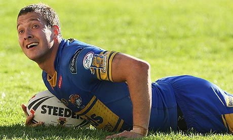 """Danny McGuire (Leeds Rhinos): """"Recovering quicker than my opponents is key. After a hard game or tough session I use firefly™ so I have less muscle soreness and my legs feel fresher the next day."""""""