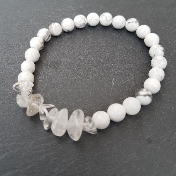 Perlenarmbänder - MARBLE I [Armband Howlith mit Kristall Quarz] - ein Designerstück von Myrna_Lovecraft bei DaWanda