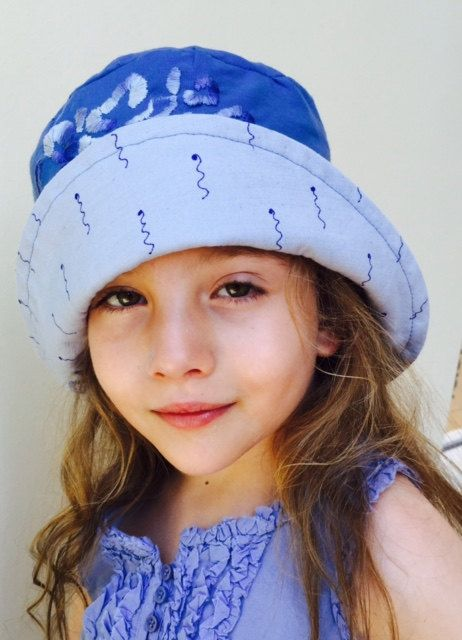 blue hat by MaraGirone on Etsy