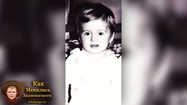 Саша Шапик в раннем детстве