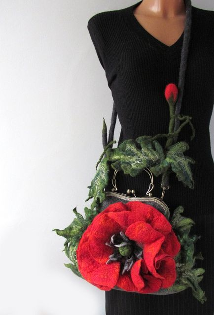 Felted purse - Poppy by GalaFilc, via Flickr #felted #handbag #purse #poppy #felting #flower #wool