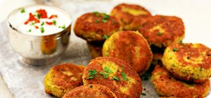 Slimming World Falafel - members only recipe  I was fairly crazy about falafel when i was a silly vegetarian.  But even living the life omnivorous I could go for some of this stuff now.