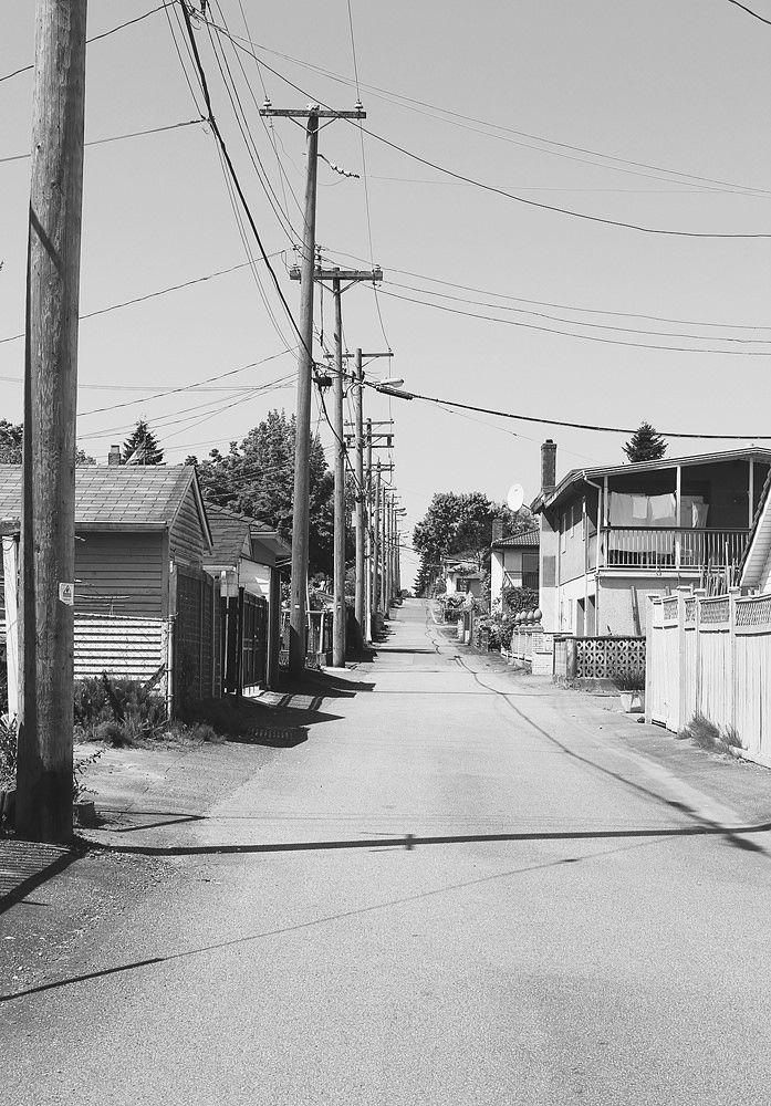 https://flic.kr/p/uBmLbH | Back Alley