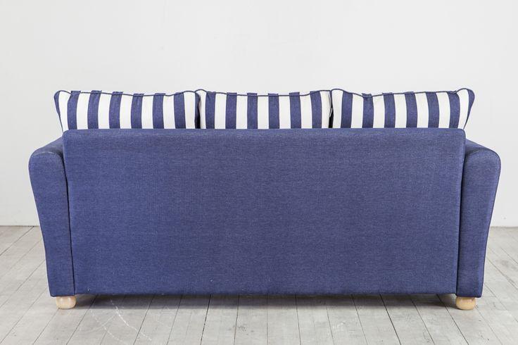 Bella framåtbäddad bädsoffa från svenska LC möbler Bella sofa bed from made in Sweden by LC