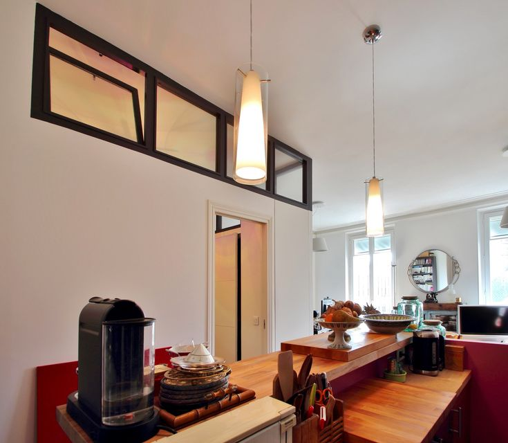 Chambre au milieu du salon verriere cuisine bar agence for Verriere interieur prix