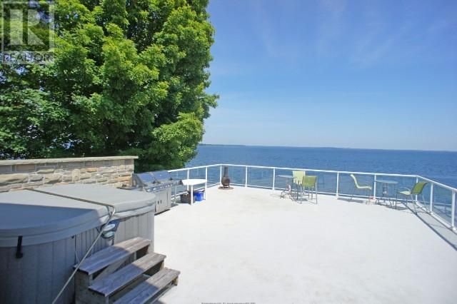Massive waterfront deck and hot tub!