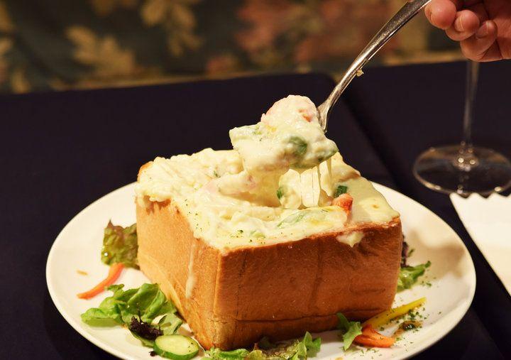 仙台駅からすぐ! 食パンが器のチーズたっぷりパングラタンがいただける洋食店「WEST POINT」