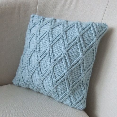 Best 25+ Knitted cushions ideas on Pinterest | Knitted ...