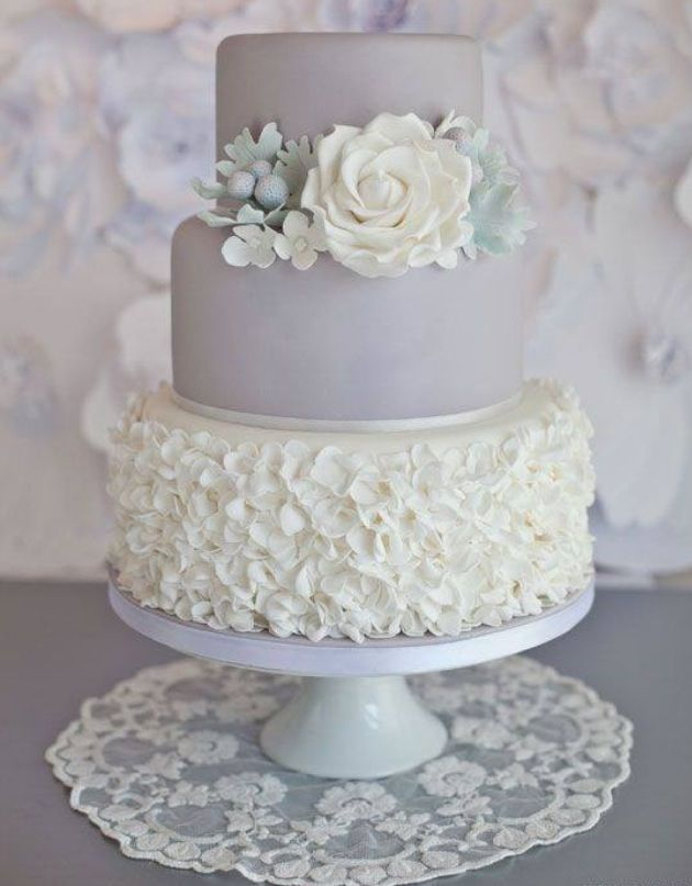 Elegant cake I would just want the top two layers