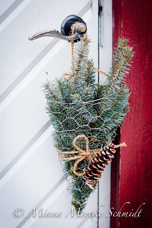Enkelt och dekorativt. Funkar säkert bra med mossa + hyacint.