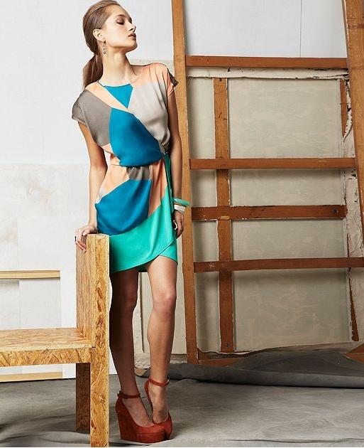 Scoop Neck Short Sleeve Impulse Dress