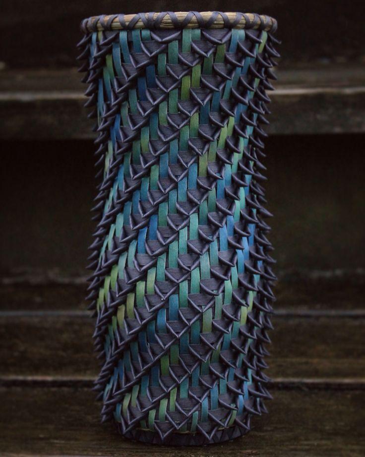 Ombré vase with dark gray cornwash curls made by Mohawk basket maker, Ann Mitchell.