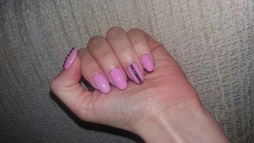 Pink mani..