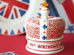 crown 90 th birhtday queen Elizabeth