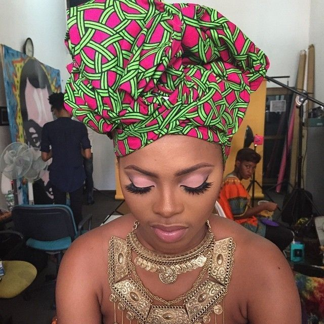 Bonne journée à tous avec la chanteuse Chidinma 😍😊😊 #beautiful #africanqueen #chanteuse #africa #singer #style #africa #music #photooftheday #beauty #makeup #outfit #colors #pink #like #l4l #f4f