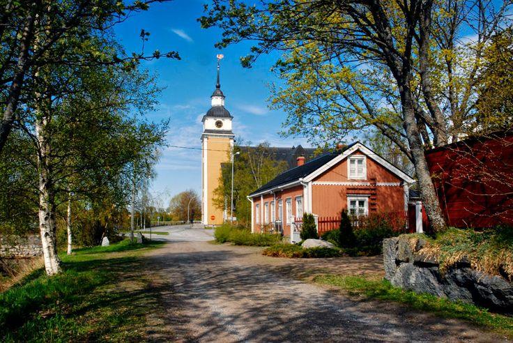 Uusikaarlepyy. Ostrobothnia province of Western Finland - Pohjanmaa. photo Leif Sjöholm