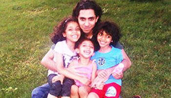Raif Badawi with his children © Private