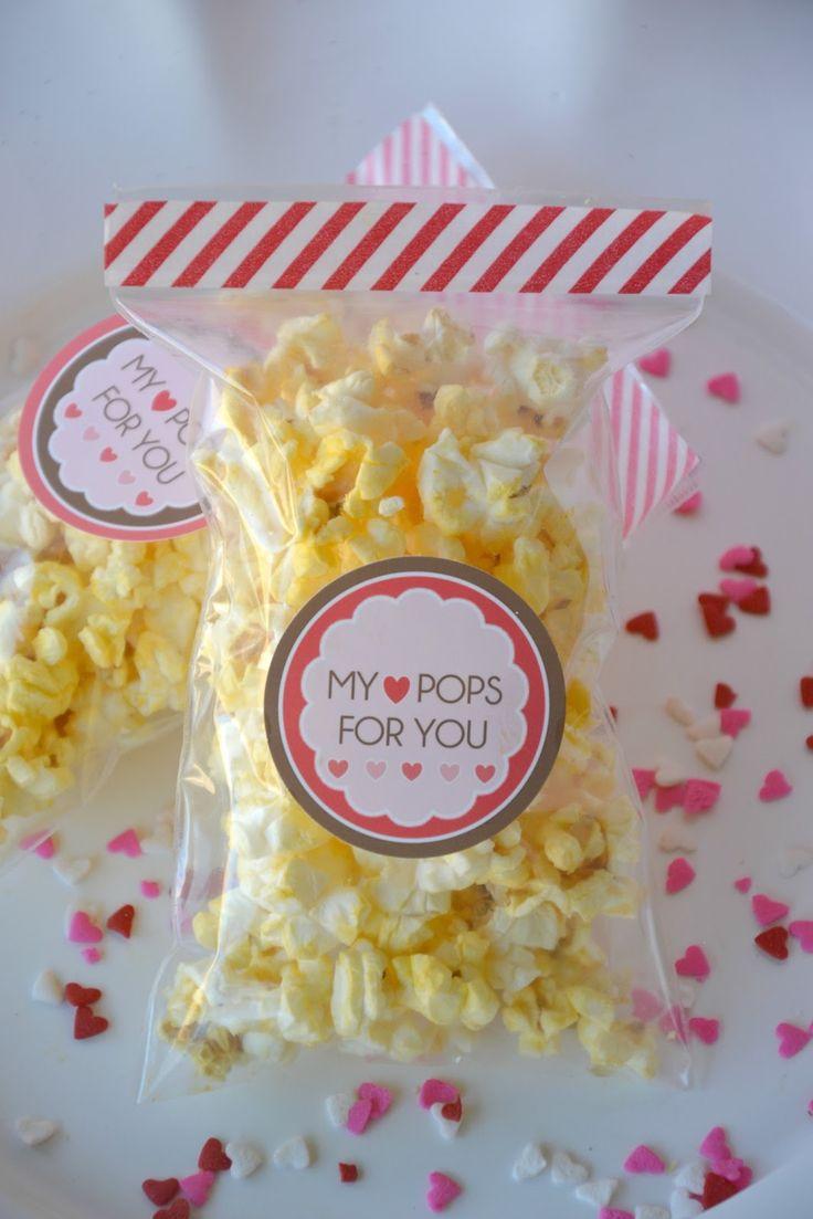 EASY Valentine's Party Favor . Otra opción para regalar a los amiguitos de san Valentín.