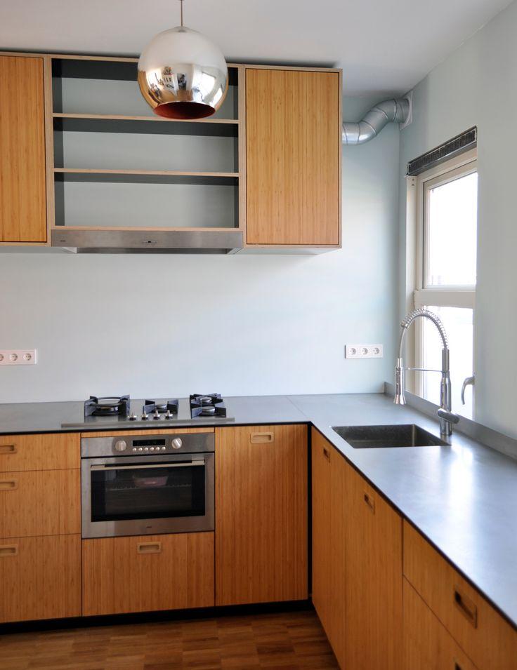 Duurzame keuken, bamboe, rvs.  Sustainable kitchen, bamboo steel
