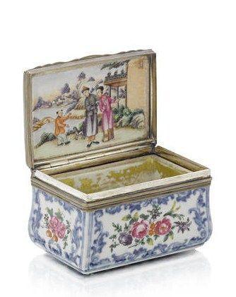 A Chinese famille rose silver-mounted porcelain rectangular snuff box, third quarter 18th century. - Eloge de l'Art par Alain Truong