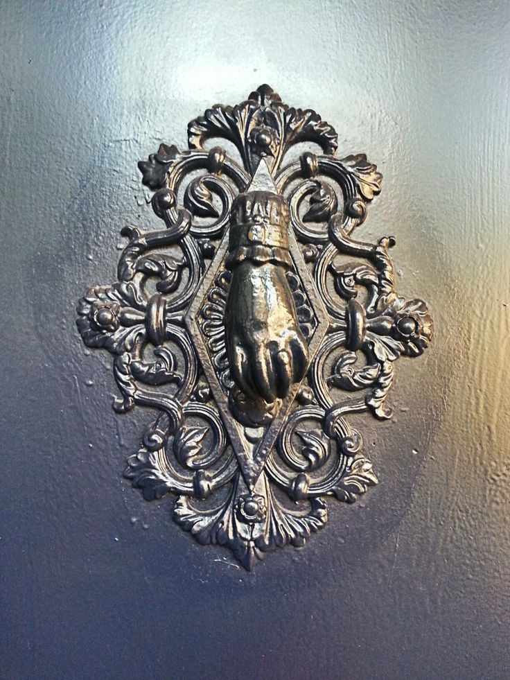 Aldaba. Plaza Real, Barcelona doorknocker