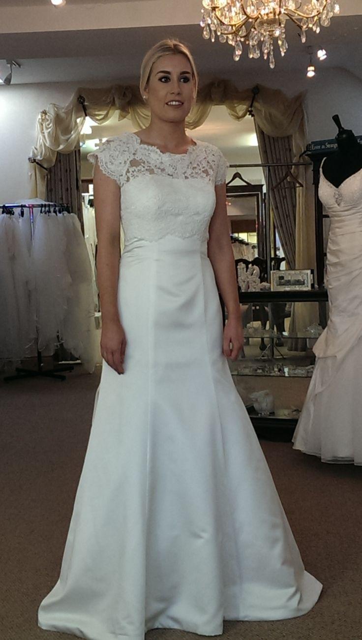Finesse Listowel - Behind the Scenes #CustomWedding #WeddingDressTrend