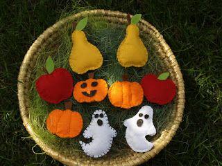 Halloween/ Autumn felt decorations.  Filcből készült őszi díszek.