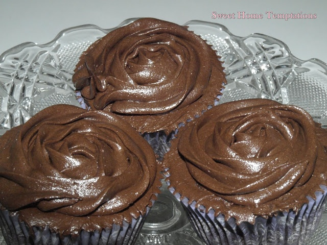 Cupcakes de chocolate y crema de orujo
