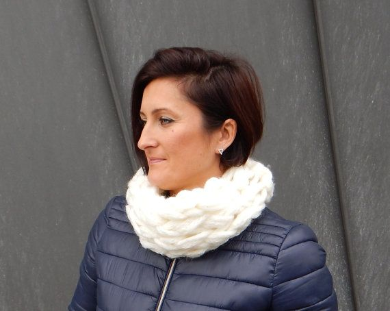 Wool  & Mohair Scarf / Infinity Scarf / Chunky by CreativaStore