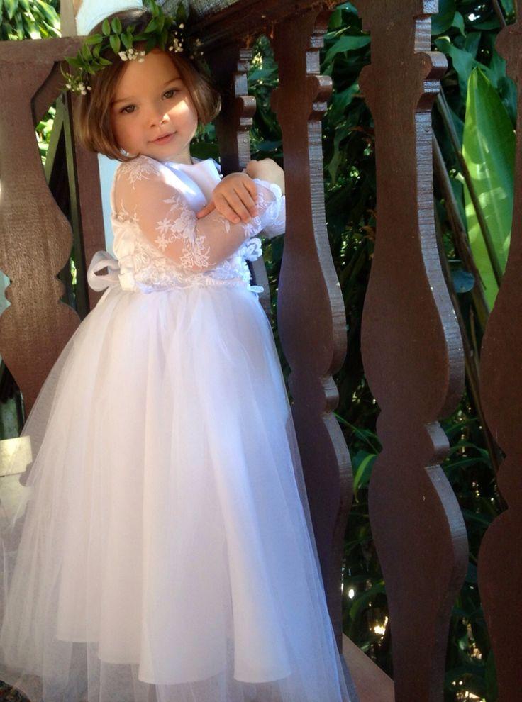Wedding - Casamento no campo, no inverno, durante o dia. Idéia de vestido para daminha de honra.