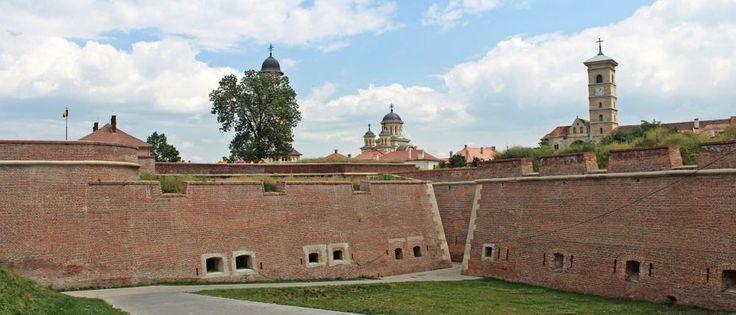 Fortress (Alba Iulia) by mircea.fotograf.az