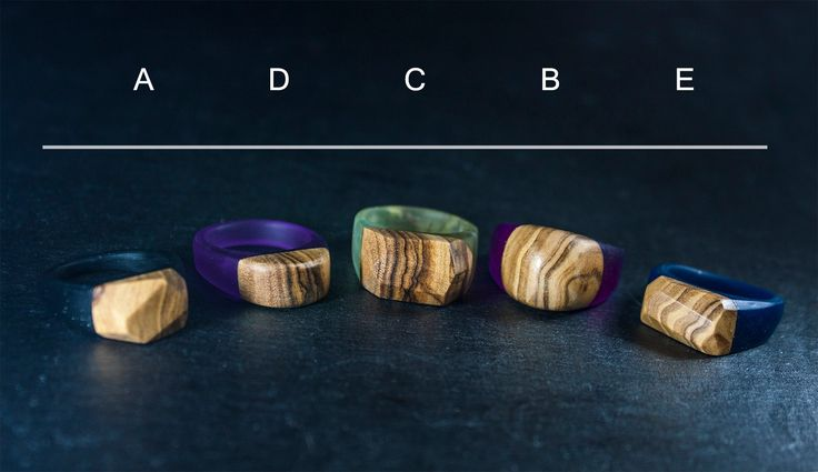 Modern minimalist rings. Made of olive wood and epoxy resin.Resin polished to satin finish. Wood sealed with Danish oil and finished with carnauba and bees wax.Please choose ring type from me...
