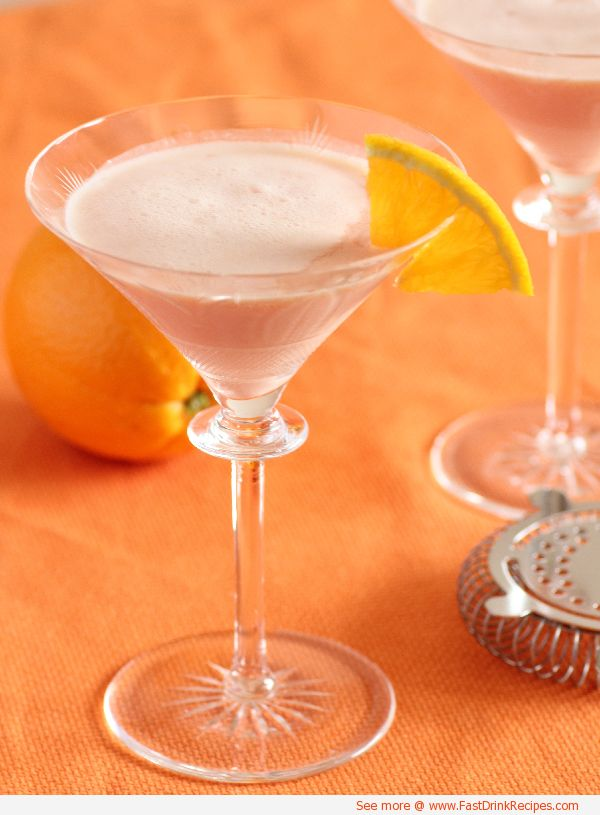 Cocktail recipe for a creamsicle a mixed drink of for Cocktail triple sec