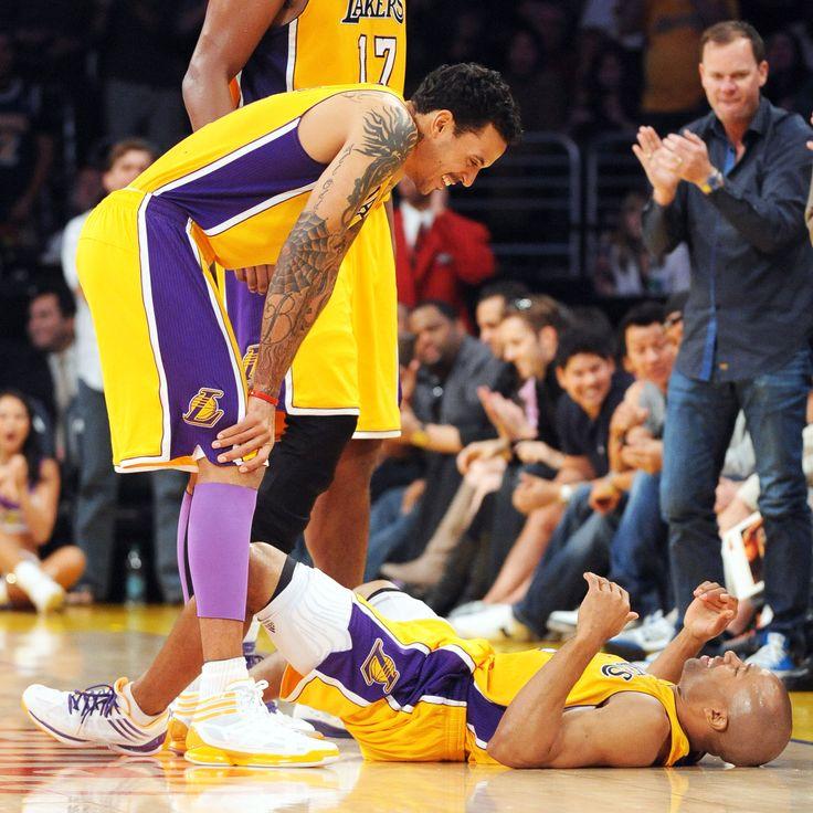 NBA Rumors: Lakers consider J.B. Bickerstaff as assistant coach - http://www.sportsrageous.com/nba/nba-rumors-lakers-consider-j-b-bickerstaff-as-assistant-coach/20575/