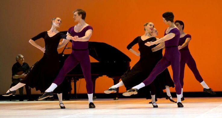 Défilé choreographed by Christine Howard. Photo by Sergey Konstantinov.
