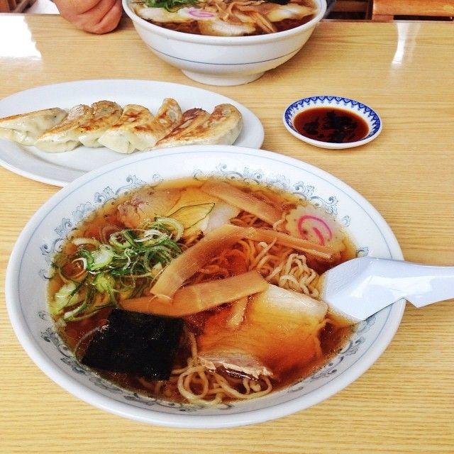 米沢の美味いもの。 東部食堂の中華そば アーンド 餃子! こごの餃子はかなんしうんまい♡  Ramen !  #米沢
