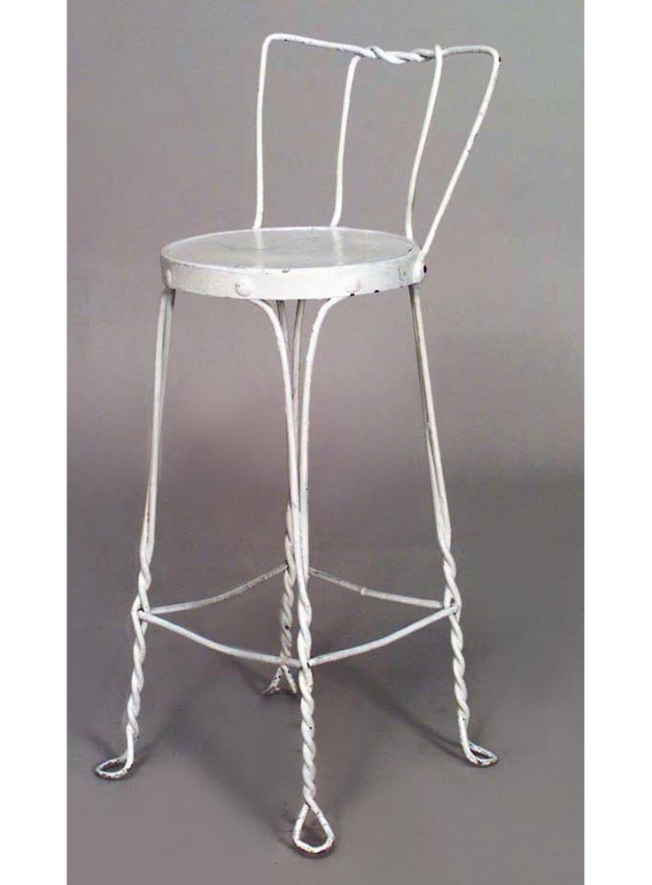 Outdoor Victorian seating bar stool painted