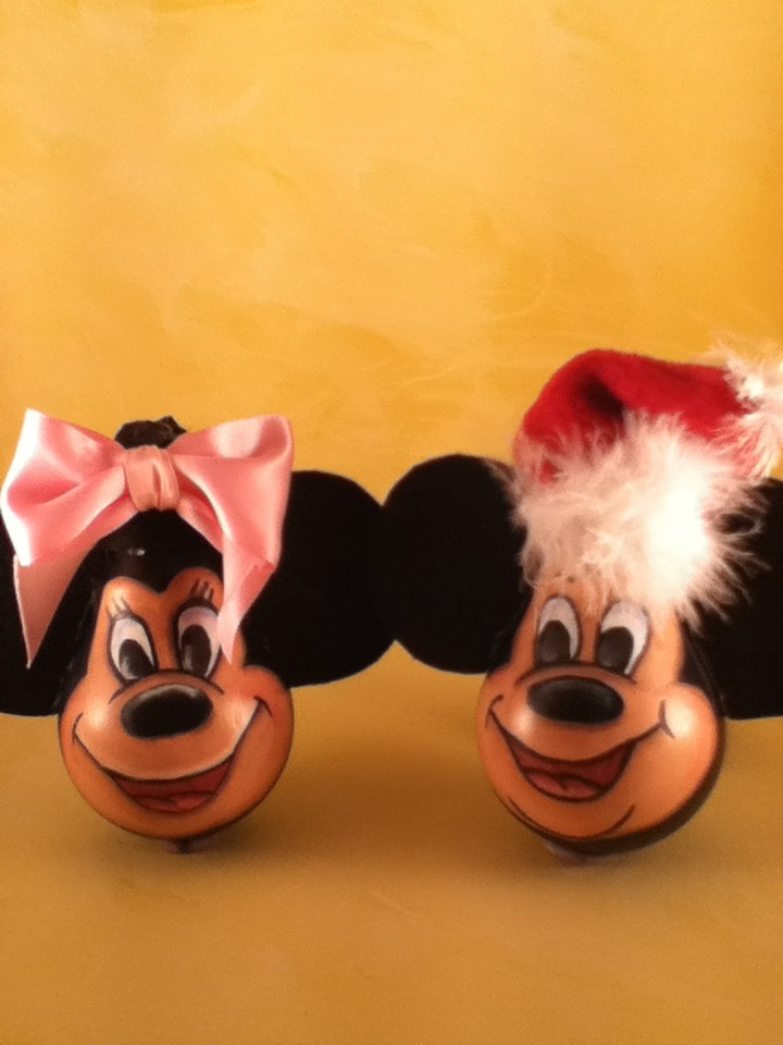 epattern pdf mickey and minnie mouse painting pattern recycled lightbulb ornament. $7.00, via Etsy.