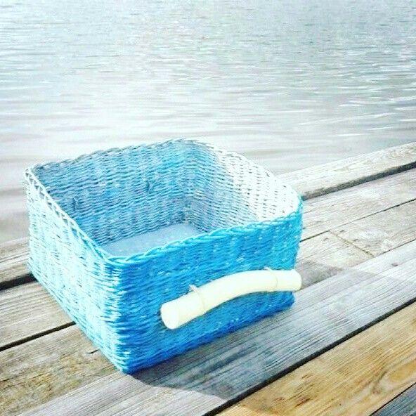 Ručně pletený koš na ručníky, prádlo. Vyrobeno z přírodního pedigu. 550 + 130 CZK doprava. Unikátní kus ke koupi na goo.gl/XK0UXt #vavavu #vavavumarket #more #priroda #ocean #nature #pedig #allnatural #czech